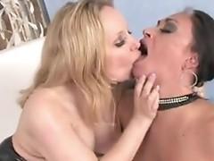 Aiden Starr and Claudia Valentine love cum facial
