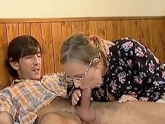 Batty old mom has it hard porn