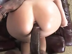 VeRoNica Jett bend on bed and have a gazoo-fuck