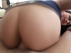 Busty brunette Rikky Nyx tries out anal