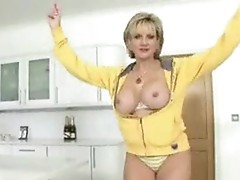Lady Sonia - Workout And Orgasm