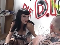 Girl fucking her punk boyfriend