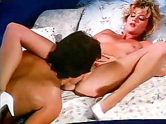 Young horny couple inside a classic xxx mov