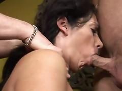 Mature slut Vannah Sterling got her large ass fuck
