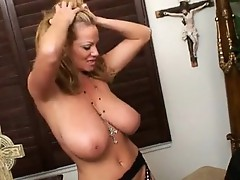 Kelly Madison punished with a thick weenie in wet crack
