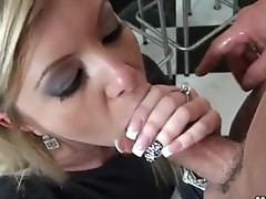 Schlong Starving Honey Donna Bell deliciously fills up her Mouth with the Mgazooive pole