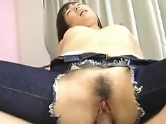 Oriental with hole inside her jeans gets done