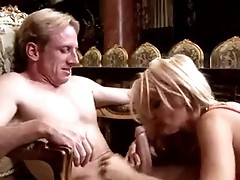 Hawt Blondie Rhyse RiChardson can not live without the PLeasure of filling her Mouth with a penis