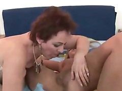 Older women and young women in lesbian sex videos