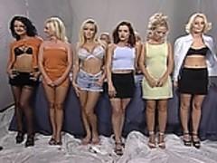 8 Lesbians