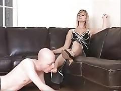 Mistress Valkyrie Foot Worship