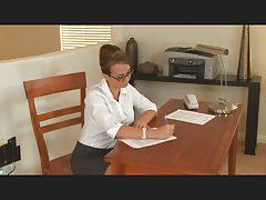 Nylon Secretary MILF (TheNylonLover)