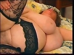 Mature bbw whore in stockings gives blowjob then gets hairy cunt fucked sideways