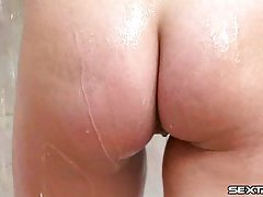 Shower Teen Masturbation