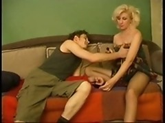 Older-age grannie is having sex with green snotter