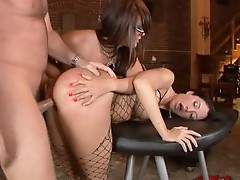 Dominatrix Eva Angelina treats Kimberly Kole like a real fuck slave