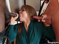 Tempting Darla Crane stuffs her mouth with hard cock