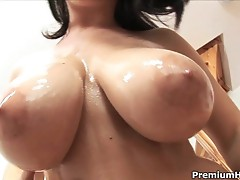 Kristi Klenot shows off her big wet tits