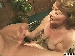 Old hottie loves licking enormous cocks