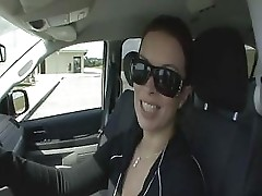 Bailey Brooks Fucked In Her Own Car