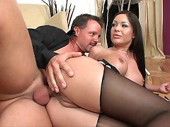 Angelica Heart gets her ass pipe primed for a good old fashioned dicking