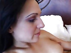 Hot Beauty Victoria Gives Her Pussy To Eat