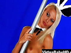 Beatrix in Bunny outfit stripping with a pole