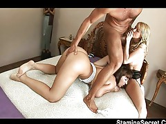 Hole stroking two stunning babes