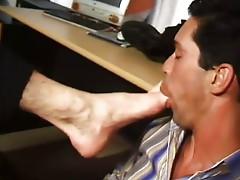 b0ss feet I