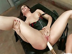 Sheena Ryder Amber Rayne spanked&anal