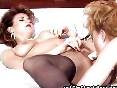 Girlfriends making each other cum