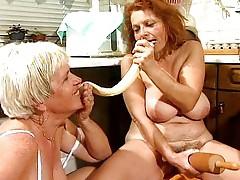 Oma Sex 37