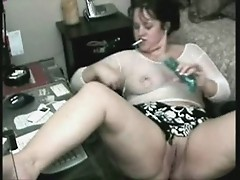 Mature busty bitch masturbating on web cam