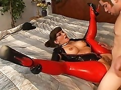 Carrie Anne - Latex MILF