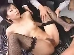 Trimmed Japanese cunt is creamed by boss in office