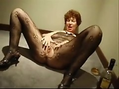 Mellow English old girl is mashing about and sucking off dick