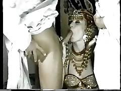MELANIE Monroe - Arab DP