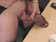 This horny granny loves to rub her big clitoris. Amateur