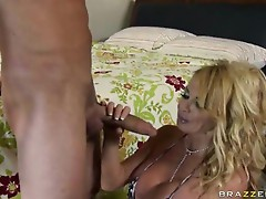 Brazzers Milfs Like it Big Taylor Wane in The Daily Routine