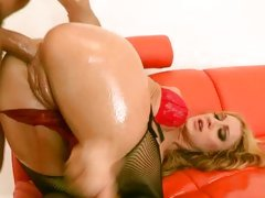 Tart Amy Brooke is pounded up her pink ass hole