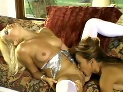 Saucy Teanna Kai rams her tongue in her partners twat
