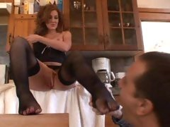 Morgan Reigns has her hot feet felt and licked