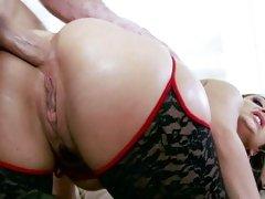 Liza Del Sierra anal fuck in doggy style