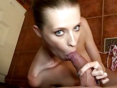 Cock sucking amateur shows her awesome oral skills
