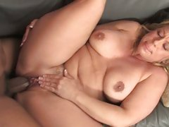 Horny Milf Stunning Summer tore open with black cock