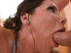 Trashy Alexa Nicole slurps on this throbbing prick