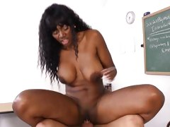 Whore Nyomi Banxxx rides this dick up her pink taco