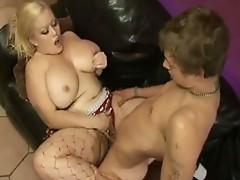 Sizzling MomMa Bunny De La Cruz gets her pussy fucked by a Rock hard weenie