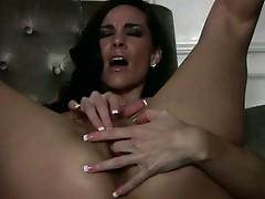 Soaked pretty Laura Lee enjoying her wild fingers satisfying her steamy twat