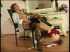 Natalie and Katrin pussylicking mama